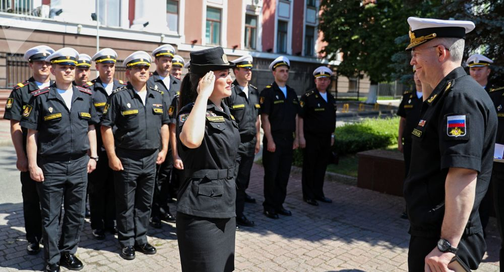 加里宁格勒胜利日阅兵式的参与者科谢尼娅·科尔钦斯卡娅