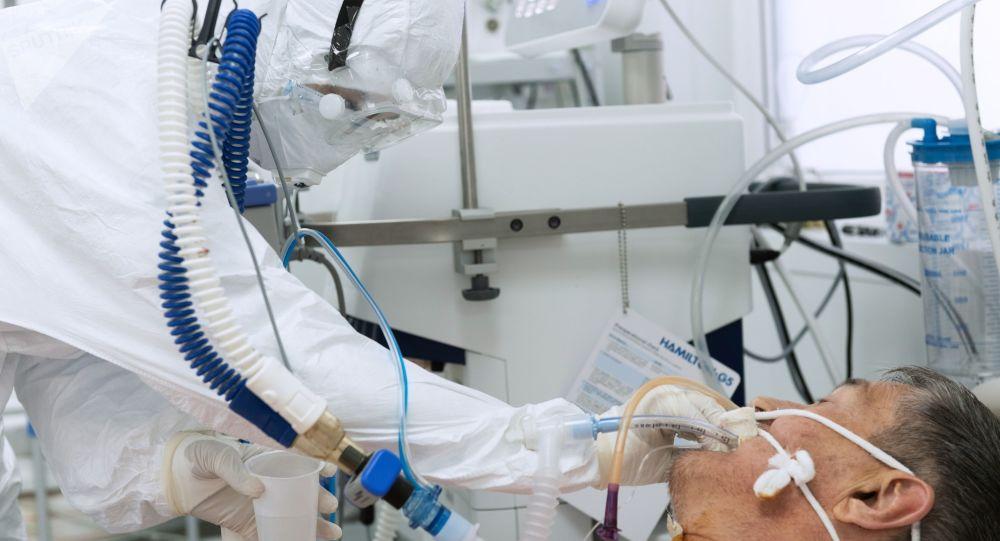 哈萨克斯坦单日新增新冠病毒感染病例超800例