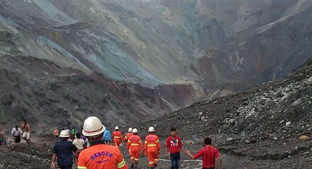 救援人员:缅甸山体滑坡遇难者人数增至162人