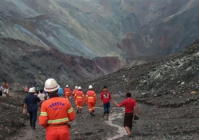 缅甸帕敢翡翠矿区塌方遇难人数升至172人