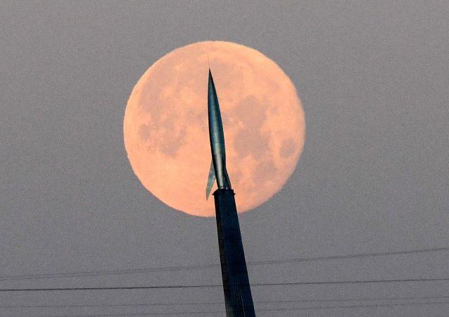 俄航天集团公司子公司找到替代方案 在飞往月球时放弃使用超重型火箭