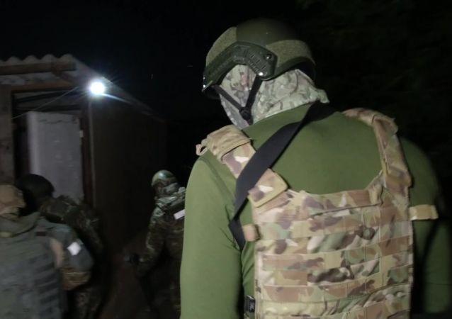 """俄安全局:""""伊斯兰国""""一名支持者在阿斯特拉罕策划恐袭被拘留"""