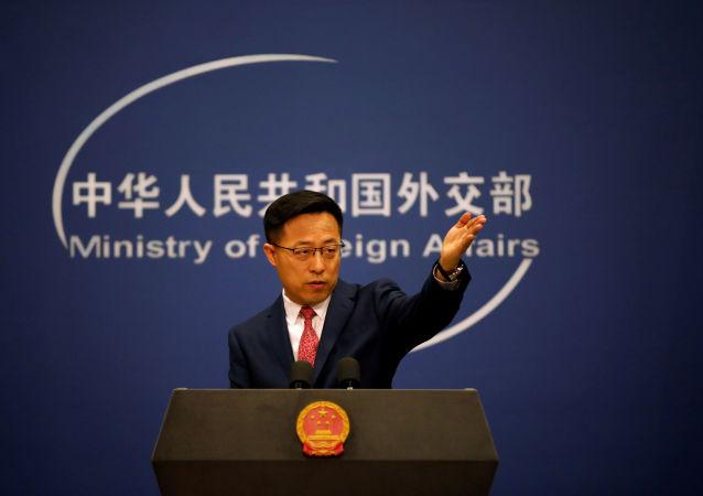 中国外交部:日方一直对全世界的抗议装聋作哑 为什么对一幅插画作品气急败坏
