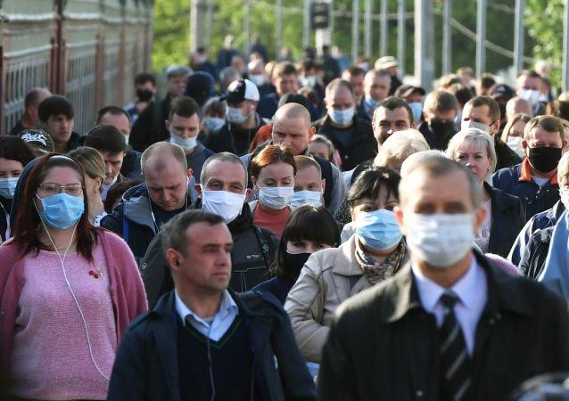莫斯科防疫指挥部:莫斯科连续10多天确诊COVID-19病例维持约600例的低位